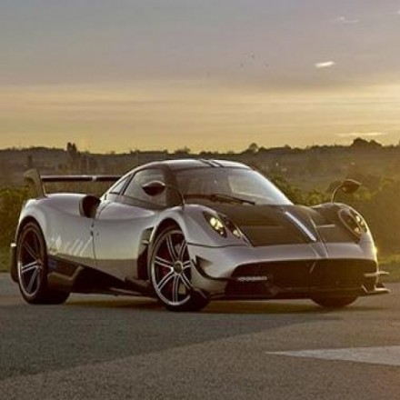 Новые шины Pirelli для супер-кара Pagani Huayra BC.